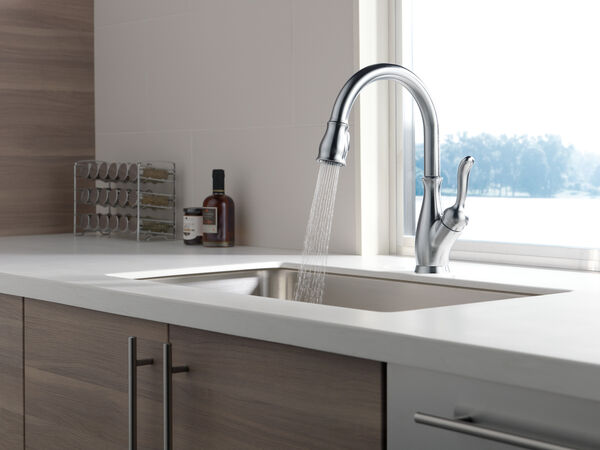 Single Handle Pull-Down Kitchen Faucet with ShieldSpray® Technology, image 28