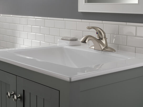 Single Handle Centerset Bathroom Faucet, image 3