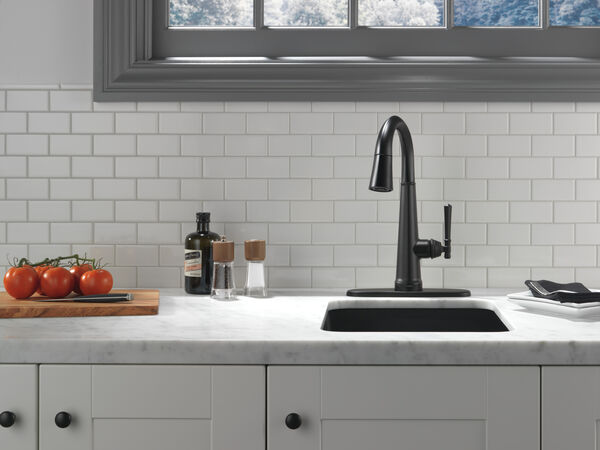 Single Handle Pull Down Bar/Prep Faucet with Touch2O Technology, image 2
