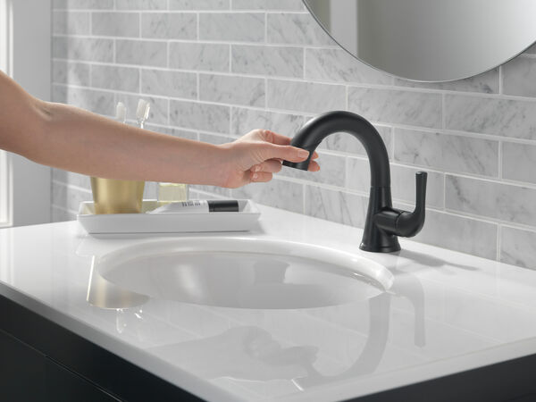 Single Handle Pull-Down Bathroom Faucet, image 6