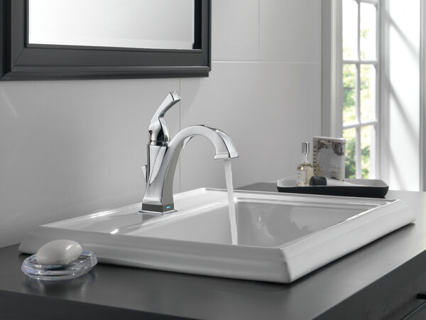 Single Handle Bathroom Faucet with Touch<sub>2</sub>O.xt® Technology, image 6