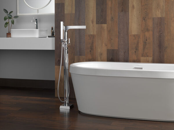 Single Handle Vessel Bathroom Faucet with Touch<sub>2</sub>O.xt® Technology, image 5