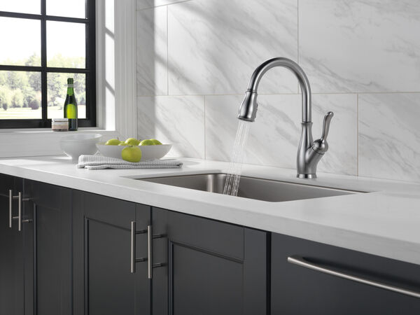 Single Handle Pull-Down Kitchen Faucet with ShieldSpray® Technology, image 29