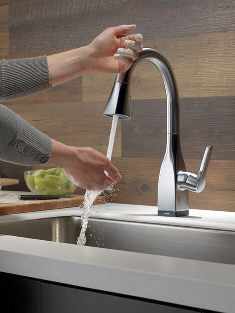 Touch-On Touch-Off Faucet with Touch₂O® Technology | Delta ...