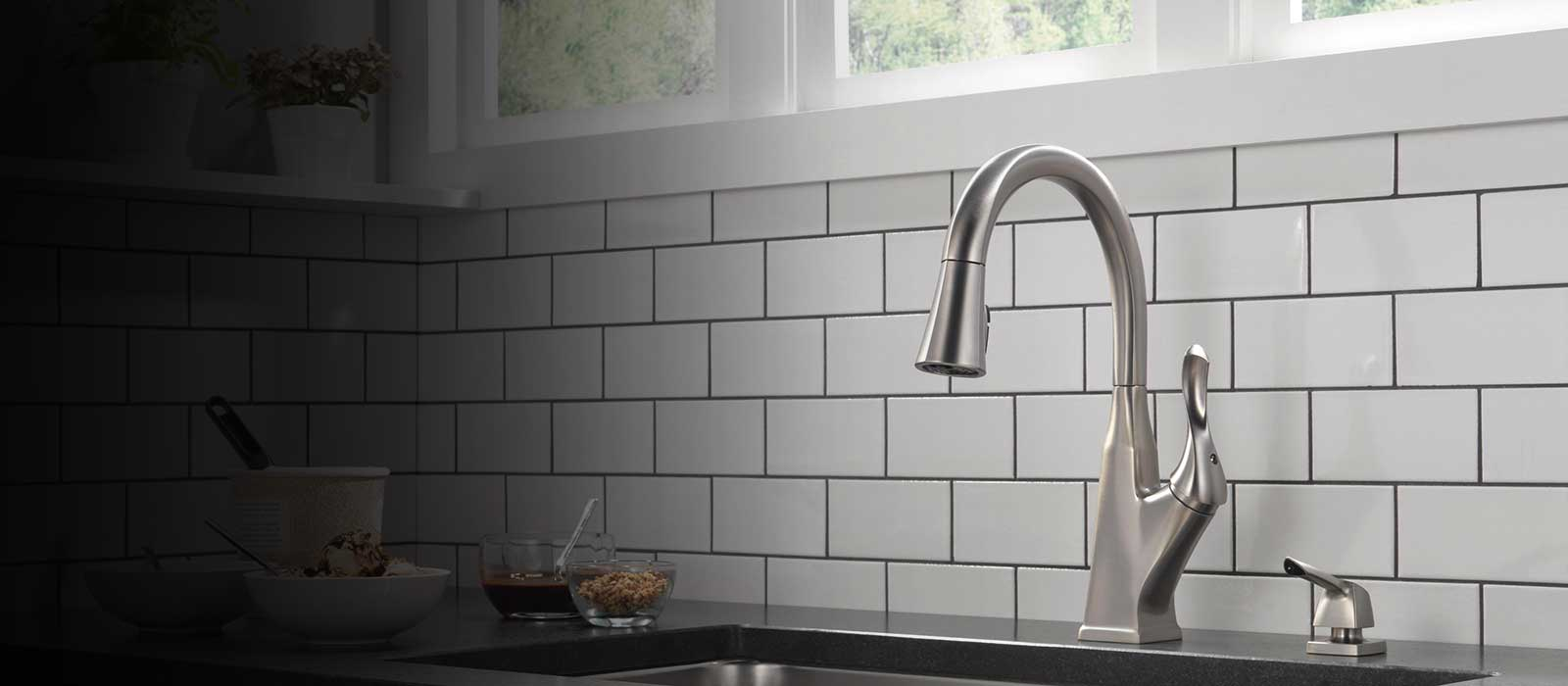 Everly Kitchen Collection Delta Faucet