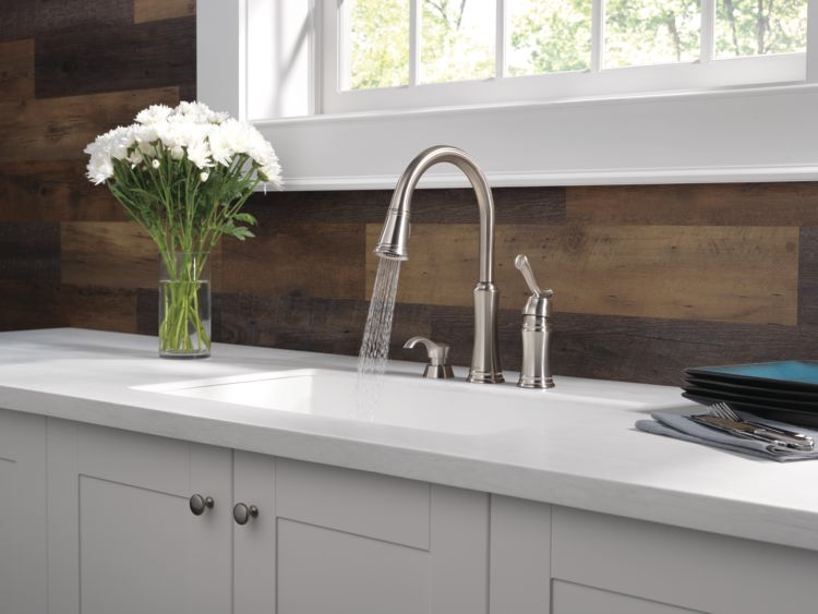 lakeview-kitchen-59963-SSSD-DST-SPRAY