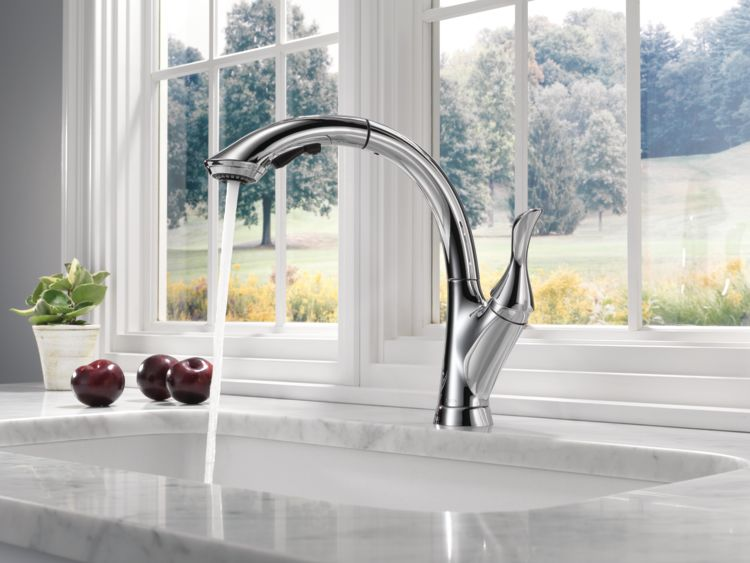 Linden™ Kitchen Collection | Delta Faucet