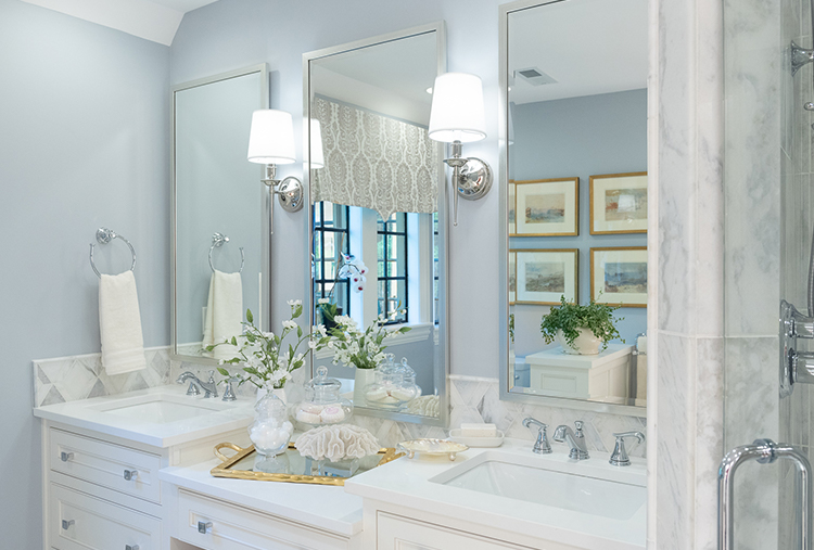 DecoratorsShowHouse_Article_MasterBath.jpg