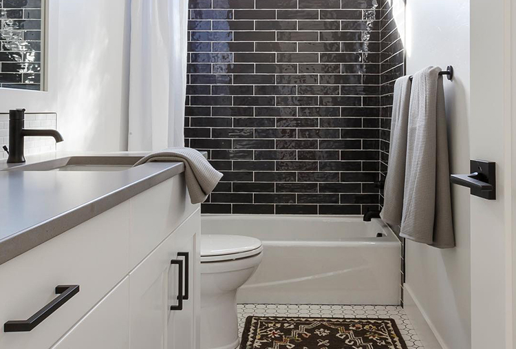 Bathroom Renovation Mistakes: Not Enough Storage