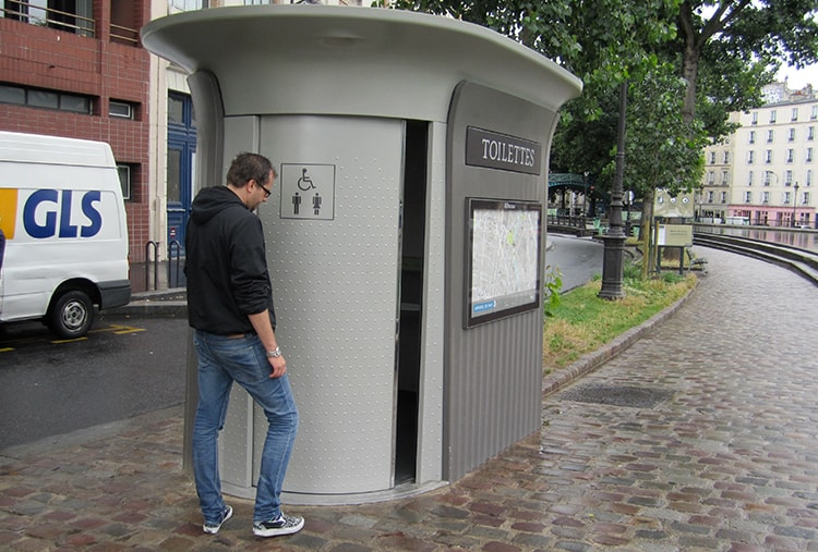 Toilets_France2_Article.jpg